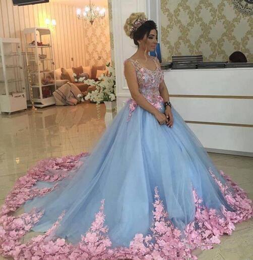 2018 Quinceanera Ball Gown Dresses Tulle Light Sky Blue Pink Floral Flowers Lace Appliques Sweet 16 Plus Size Puffy Prom Evening Gowns Wear