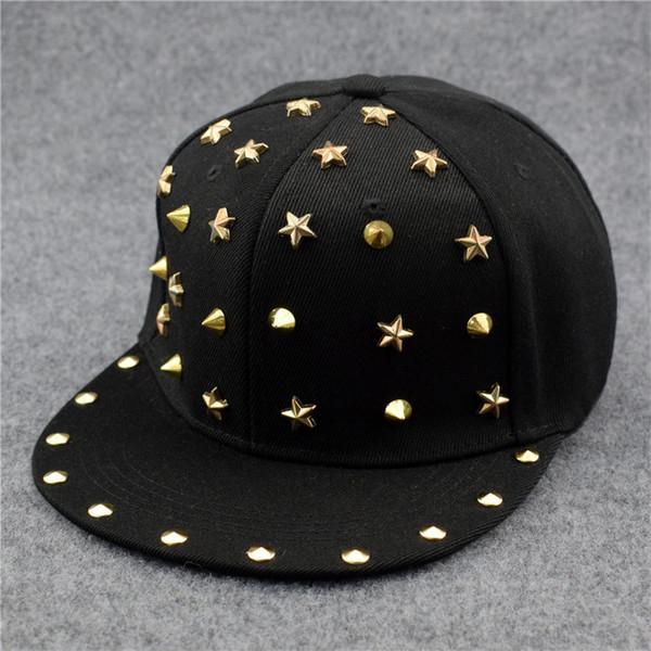 Yeni Moda Punk Hip Hop kap Gümüş Altın Perçin Yıldız Spiky Kaya Beyzbol Şapkası Erkekler Kadınlar için Damızlık Spike ...