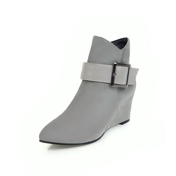 LBE121101Autumn, winter, Europe and America, new type of pointed buckles, spliced slopes and banquet boots.
