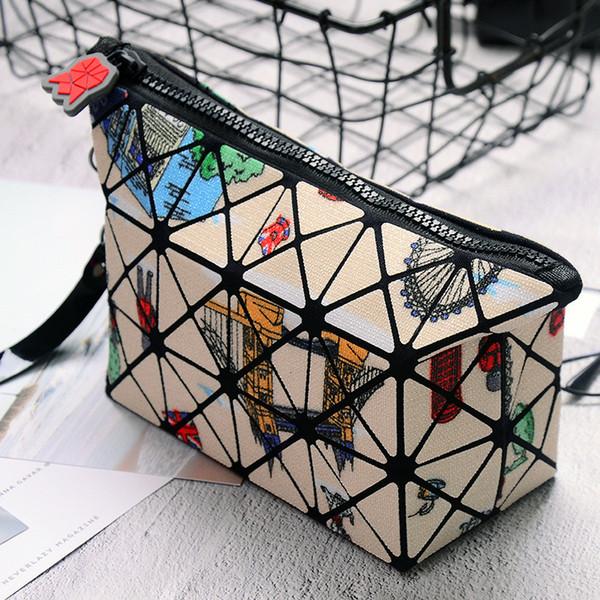 2018 Hot Diamond Pattern Women Cosmetic Bag PVC Makeup Bag Light Soft Foldable Organizer Ladies Travel Organizer 5 Colors