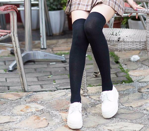 Heißer verkauf strümpfe frauen gekämmte baumwolle strümpfe damen mädchen lange socke über knie seidenstrumpf oberschenkelstrümpfe strumpf solide mehrfarbig