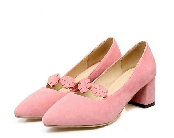 Free send Hot new style Middle heel Single shoes Coarse heel anti-skidding inflorescence woman shoes