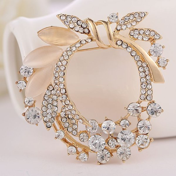 2018 New arrival women lady fashion jewelry alloy knot opals crystals diamond pins flower brooch Christmas festival gift love