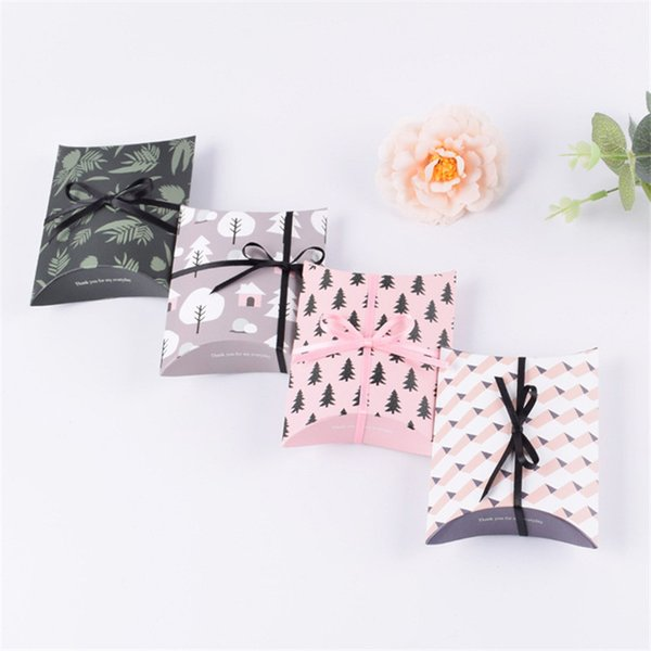New Mini Wedding Favor Bag Sweet Cake Gift Candy Wrap Paper Boxes Bags Anniversary Party Birthday Baby Shower Presents Pillow Box