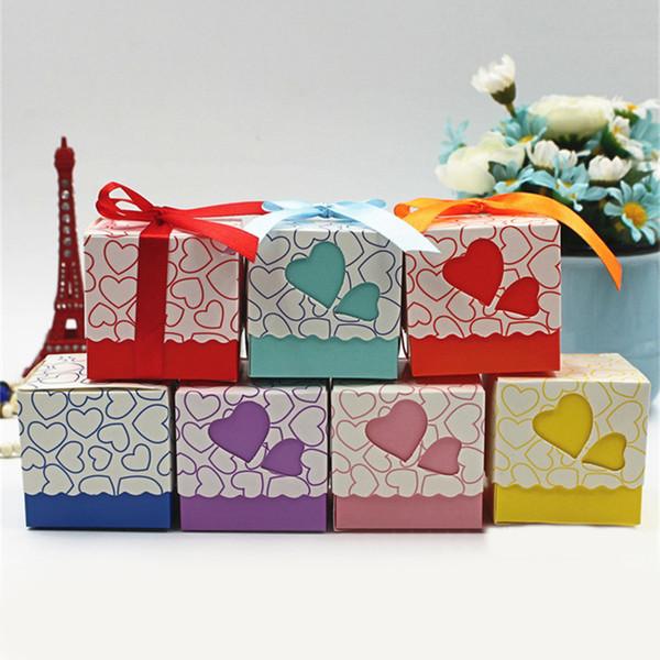 10 adet / grup En Kaliteli Aşk Kalp Küçük Lazer Kesim Hediye Şeker Kutuları Düğün Parti Lehine Şeker Kutusu Ile Şerit Dekor