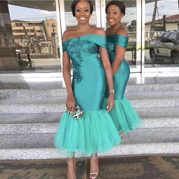 Vestidos de dama de honor de sirena verde cazador 2019 Fuera del hombro Longitud del té Vestidos cortos de dama de honor Vestido de dama de honor africano barato
