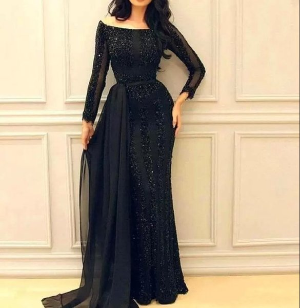 Nuovi abiti da sera neri 2019 Maniche lunghe Abiti da ballo arabi Guaina con perline Celebrity Red Carpet Abiti da festa Plus Size