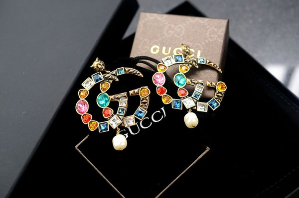 New arrival Factory Price High Quality Luxury Letter Pearl diamond Large Earrings Fashion leopard Rivets metal earrings With Box