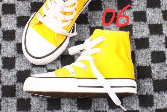 Çocuk SıCAK YENI PRETTY kanvas ayakkabılar şeker renk tuval rahat ayakkabılar ebeveyn-çocuk küçük boy yeni yüksek top çok renkli ayakkabı