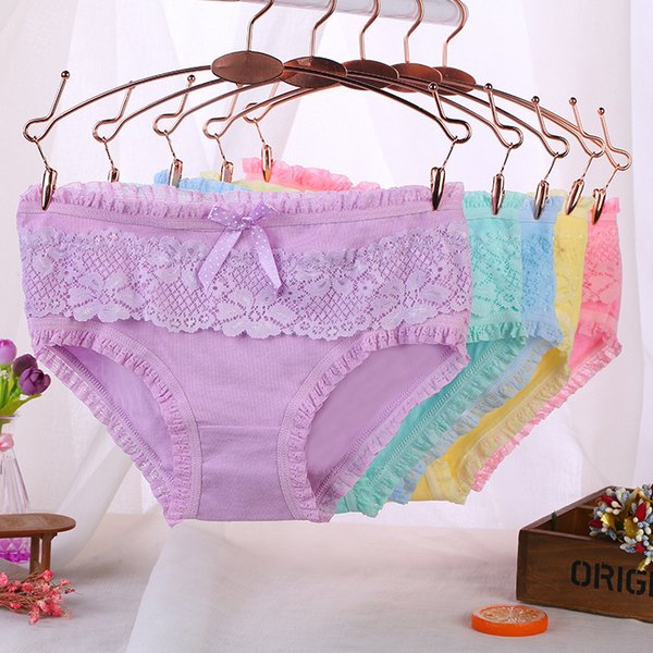 Ladies underwear woman panties fancy lace calcinha renda sexy panties for women traceless crotch of cotton briefs hot sale