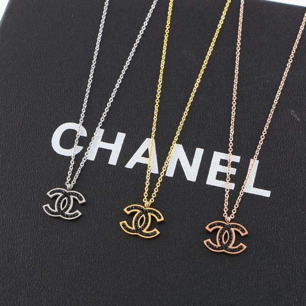 Designer Brand Paar Halskette Mode Luxus Brief Anhänger Halsketten 18 Karat Titan Stahl Überzogene Frauen Halskette für Geburtstagsgeschenk