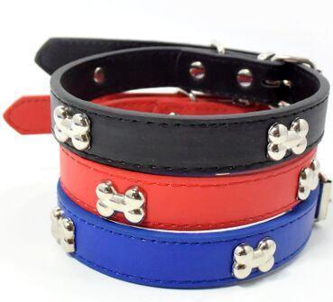 1 Stück Großhandel PU Leder 2 cm Breite Hundehalsband Welpen Haustier Halskette Für Kleine Hunde Kristall Strass Knochen Charms Anhänger Zubehör