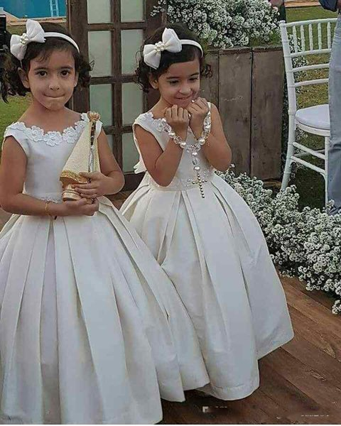 Elegant Adorable Satin Ivory Flower Girl Dresses Ball Gown Lace Up Back Kids Holy First Communion Gowns