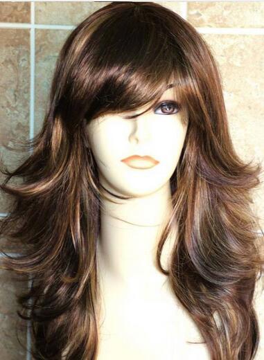 Corte de pelo largo a capas mujer