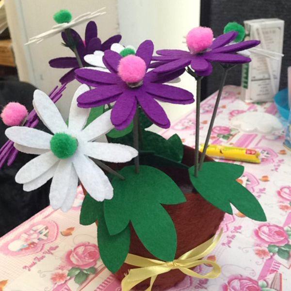 top popular 2PCS Kids Flower Design DIY Non-woven Artificial Flower Pot Children Early Childhood Educational Hand Toys 2021