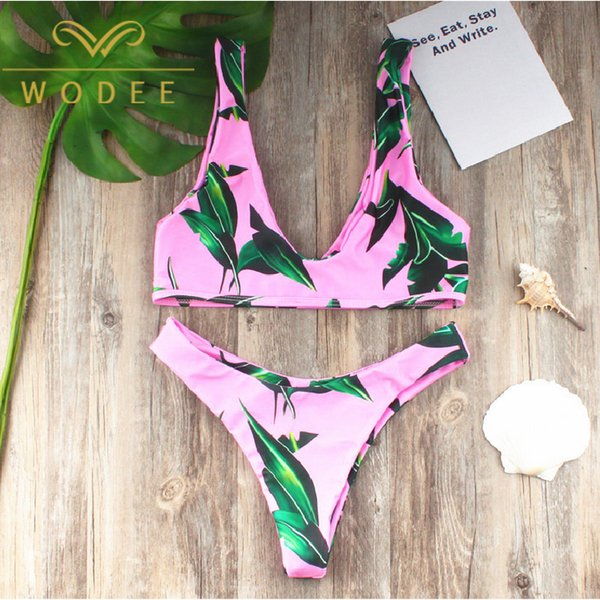 China manufatcurer wholesale women swimwear 80% nylon printed bikini set triangle quick dry very sexy swimwear beachwear