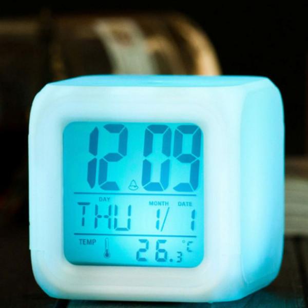 Horloge colorée changeante avec réveil coloré