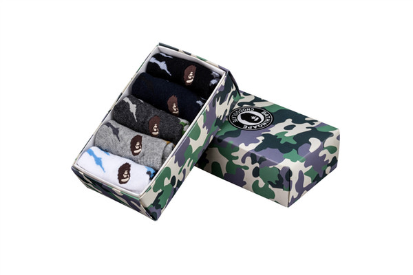 1 Box Ape Tide Brand Socks Cotton Gift Box Skateboard Camouflage Sport Socks European And American Streetwear Casual Stocking