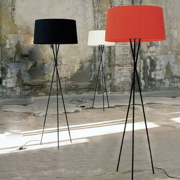 Basit kumaş tripod zemin lambası modern oturma odası yatak odası başucu lambası klasik yaratıcı çalışma kat led