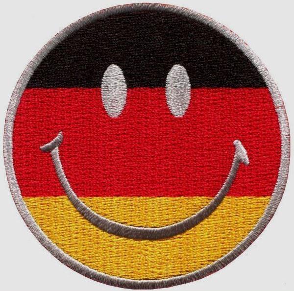 Улыбающееся лицо Germay флаг улыбка патч вышитые мотоцикл аппликация значок вышивка патч байкер панк пергамент на одежду для куртки рюкзак