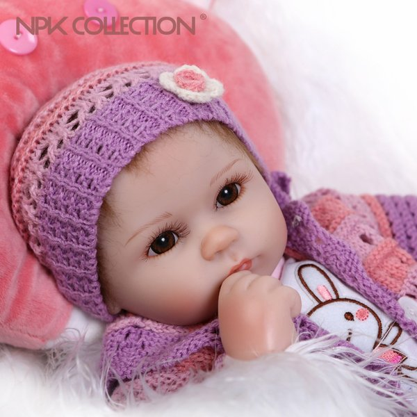 Оптово-17inches шелкопряда реалистичные возрождается кукла мягкого силикона винил настоящее прикосновения куклы прекрасный новорожденный кролик одежда