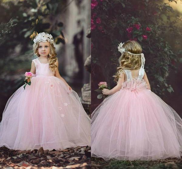 Baby Pink Flower Girls Vestidos Vestidos de bola Tank Correas Lentejuelas Tul suave Flores hechas a mano Hermosas Niñas Vestidos del desfile Niños