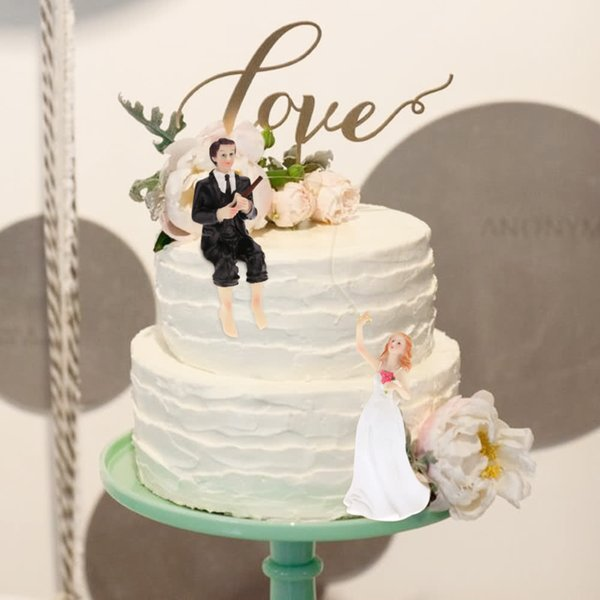 Western Style Synthetic Resin Bride & Groom Wedding Cake Topper Romantic Wedding Party Decoration Figurine Craft Gift Awesome Cheap