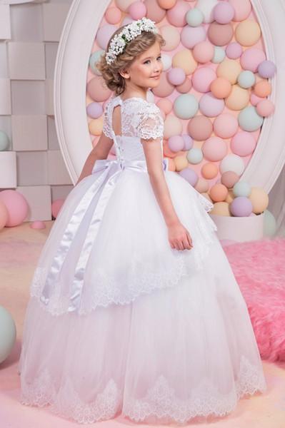 Schöne Blume Mädchen Kleider Für Hochzeiten Party Prinzessin Spitze Weiß Tüll Bodenlangen Ballkleid Junior Brautjungfer Kleider Für Mädchen
