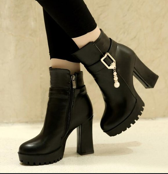 2019 new thick with female Martin boots autumn and winter short tube high-heeled round head side zipper fashion women's boots