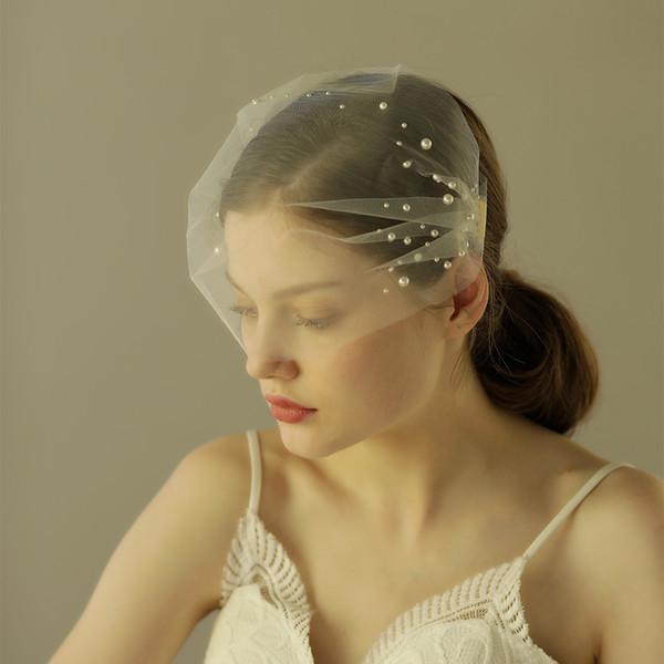 Últimos diseños 2018 tul con perlas Velos de novia hechos a mano Velo de novia Velos blancos de una sola capa Velos con accesorios de boda peine