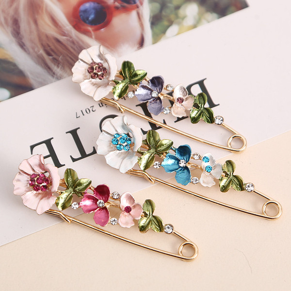 2018 New Vintage Female Pins and Brooches for Women Collar Lapel Pins Badge Flower Rhinestone Brooch Jewelry