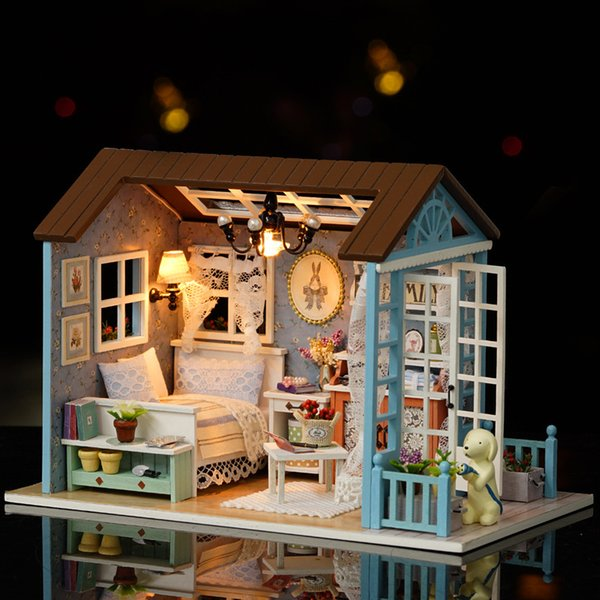 Cute Room Puppenhaus Doll Furniture Kids Gift With The Wooden Mini House Gift Toys For Children With Lamp Miniature House Dolls House Wallpaper Baby