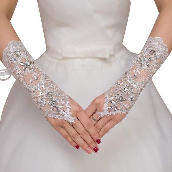 Nuova vendita calda 1 paio guanti da sposa in pizzo senza dita Nuova vendita calda moda bianco, avorio sposa guanti da sposa con bracciale ad anello