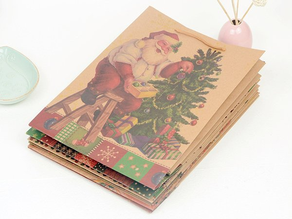Exquisite Christmas Kraft Paper Bags Handbags Shopping Bags Xmas Gift Bags Food Packaging For Christmas Wholesale