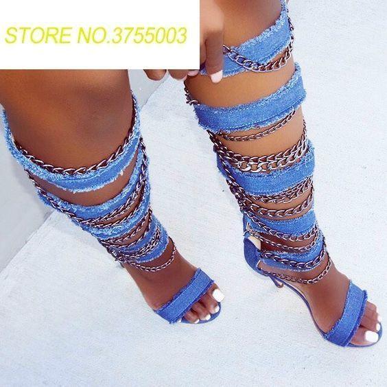 Metal Zincirler ile kadın Denim Askıları Sandalet Çizmeler Burnu açık Gladyatör Bayanlar Seksi Yüksek Topuk Diz Yüksek Çizmeler Tarzı Ayakkabı Kesip