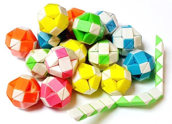 80 Stück Kunststoff Magie Falten Schlange Puzzle Ball Block Mädchen Jungen Kinder Pinata Tasche Füllstoff Geburtstag Party Favors Geschenk Neuheit Preis