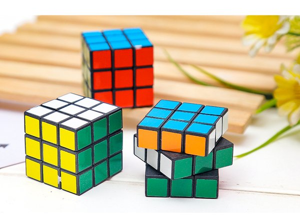 discount shop online for sale shop Acheter Puzzle Cube Petite Taille 3cm Mini Magie Rubik Cube Jeu Rubik  Apprentissage Jeu Educatif Rubik Cube Bon Cadeau Jouet Décompression Jouets  De ...