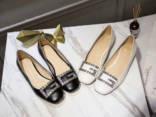 Vendita calda Donna Roud Toe Shallow Bocca singoli pattini Ladies primavera autunno alta qualità G strass Dress Shoes Belle signore Dress Shoes
