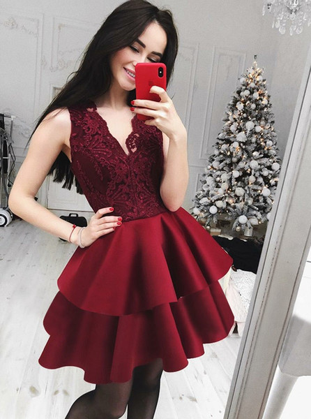 Best Selling Burgundy Lace Homecoming Dresses For Juniors V Neck Tiered Short Prom Gowns A Line Cocktail Party Dress