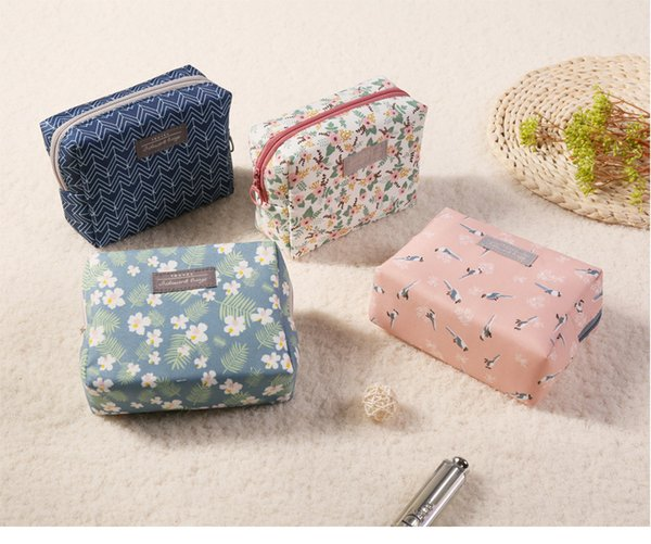 Travel waterproof Cotton Make up Storage Bag Mini Cute Cosmetic Beauty Storage Bags Organization Pouch Wash Bag For Girls