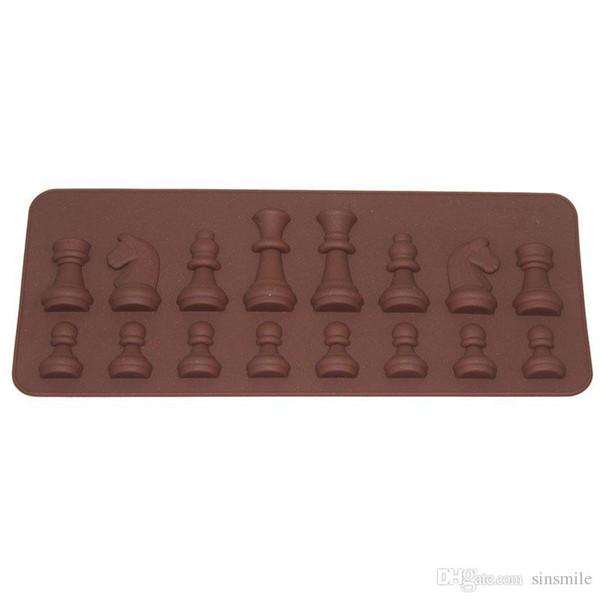 Wholesale- DAY DAY FUN 2017 Women Fashion Kitchen Tools Mold 15-Cavity Chess Shaped Ice Chocolate Sugar Cake Silicone Mini Cube Tray Chess