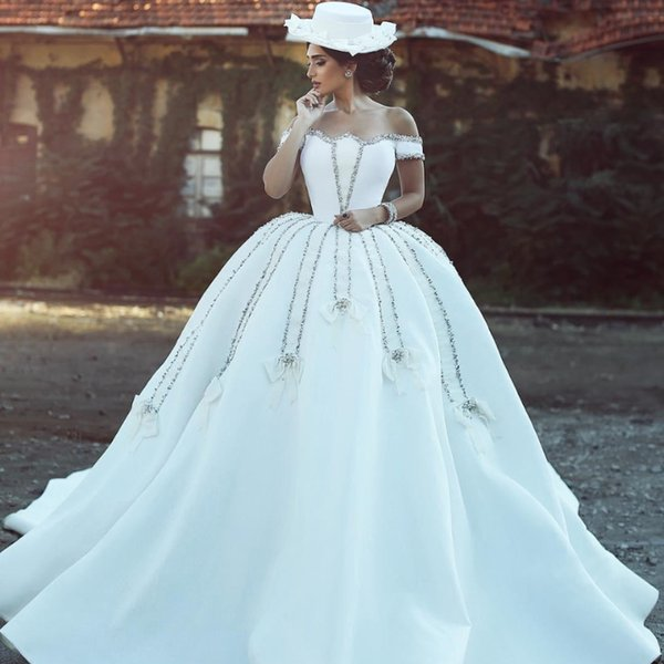 Vintage Arabic Ball Gown Wedding Dresses Crystal Beaded Off Shoulder Backless Cathedral Train Satin Garden Church Luxurious Bridal Gowns