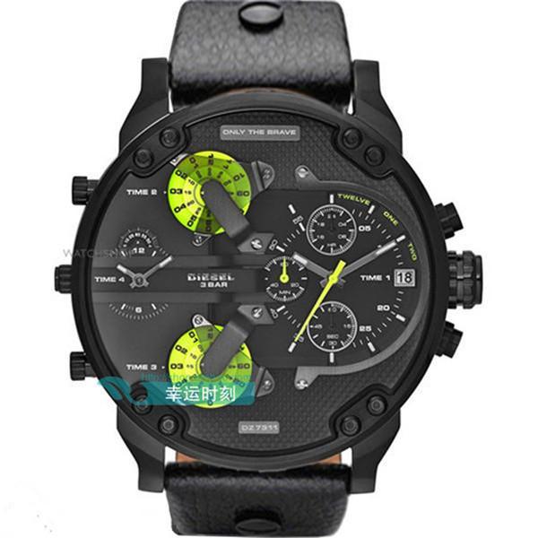 DZ7311 Askeri Spor Mens Saatler Üst Marka Lüks Erkekler Su Geçirmez Deri Kuvars İzle Adam Moda Kol Saati Erkek Saat Büyük arama