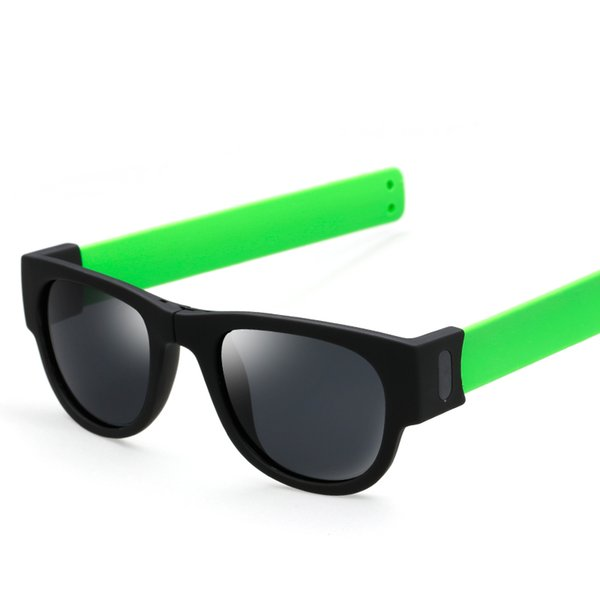 Pie verde / negro