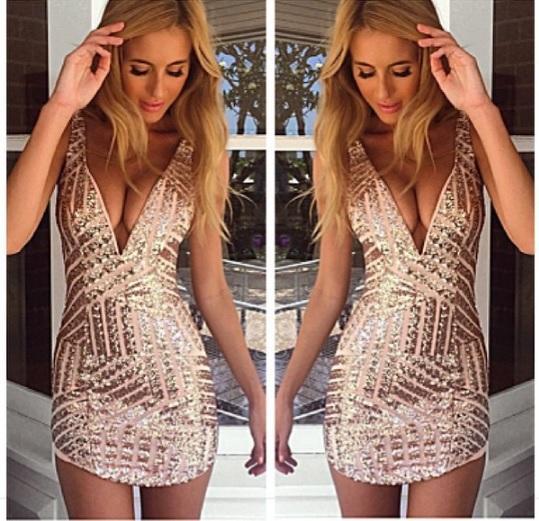 Pailletten tiefes V-Ausschnitt tief ausgeschnittenes kurzes Kleid Schlinge Hüfte Kleid