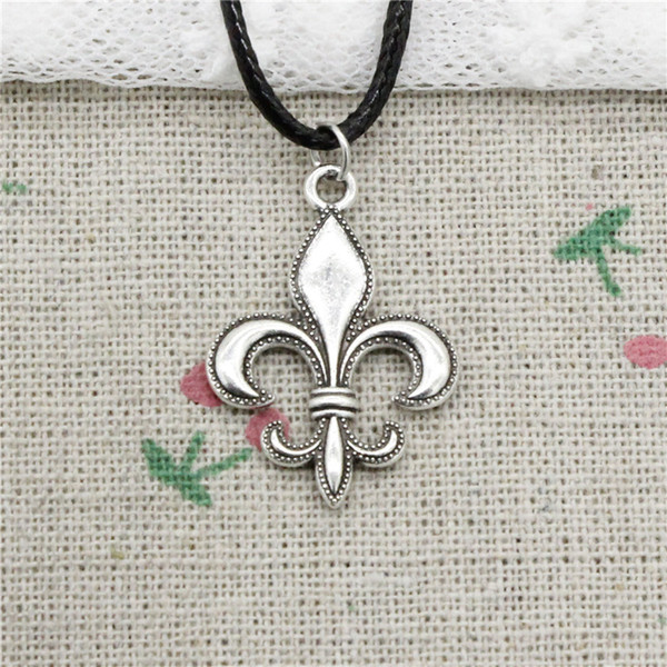Creative Fashion Antique Silver Pendant fleur de lis 28*20mm Necklace Choker Charm Black Leather Cord Handmade Jewlery