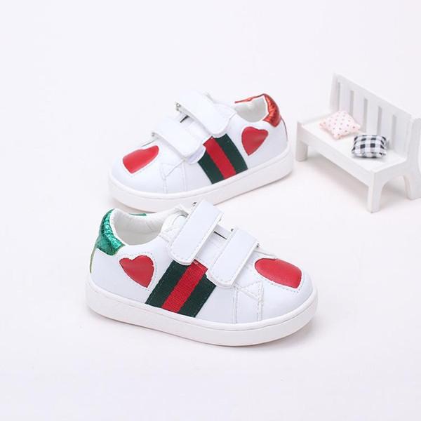 2018 Yaz Yeni Desen Kore Çocuk Kız Küçük Eğilim Çizgili Patchwork Aşk Hakiki Deri Çocuk ayakkabıları Beyaz Rahat ayakkabılar
