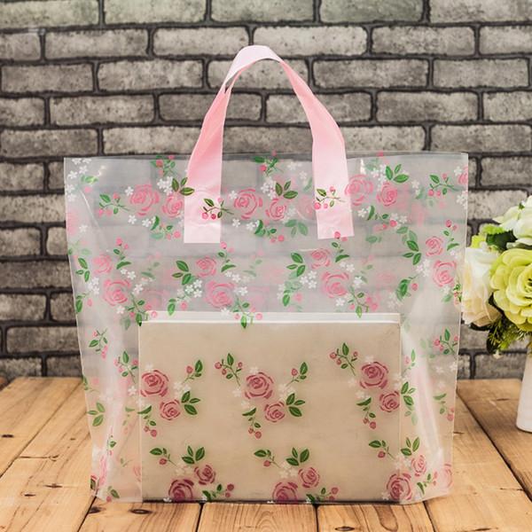 Bolsas plásticas claras del portador de la compra con el regalo de la manija Boutique empaquetado floral Rose impreso grande lindo 5 tamaños LZ1177