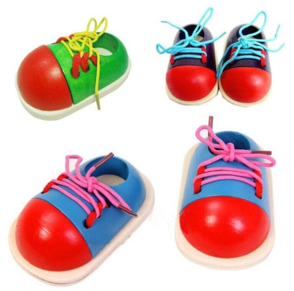 Chaussure en bois avec lacets pour enfants d'âge préscolaire Toddler Play Learning Toys - Couleur aléatoire