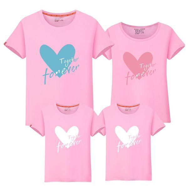Aile Bak Loving kalp Anne ve Beni Giysi Rahat Kısa Kollu Eşleştirme Aile Giyim Setleri Anne Kızı Baba Oğul t shirt toptan